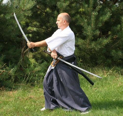 nito-ryu mistrz battodo instruktor walki mieczem