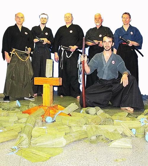 dan mistrzowie battojutsu kenjutsu iaido warszawa