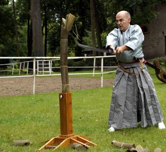 tameshigiri  sword cutting katana outdoor